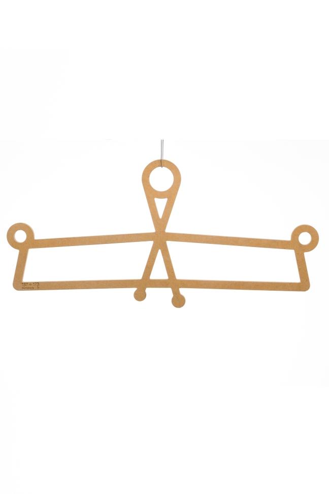 hanger 8
