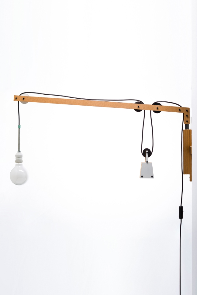 lamp with weight 4